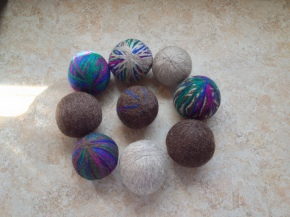 Throwback Thursday – Fuzzy Dryer Balls